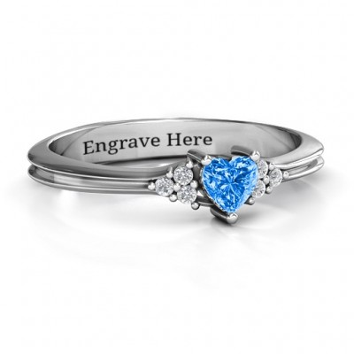 Narrow Heart Ring with Shoulder Accents - Name My Jewellery