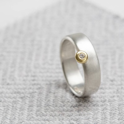 Slim Offset Ring - Name My Jewellery